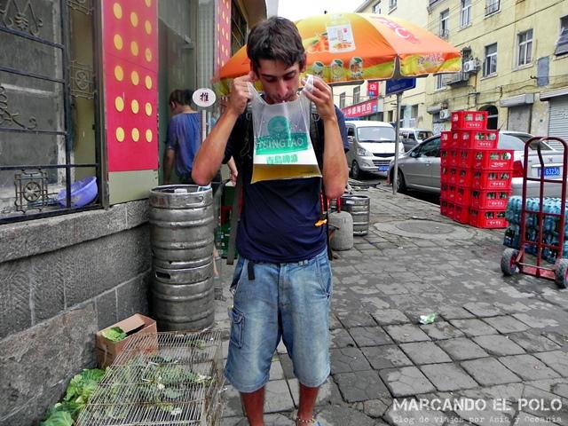 Curiosidades de China - cerveza en bolsita