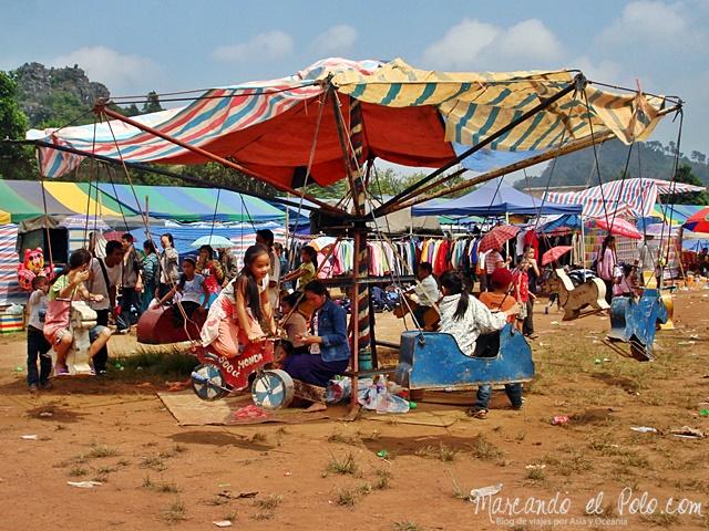 Calesita de Vieng Xai - Laos