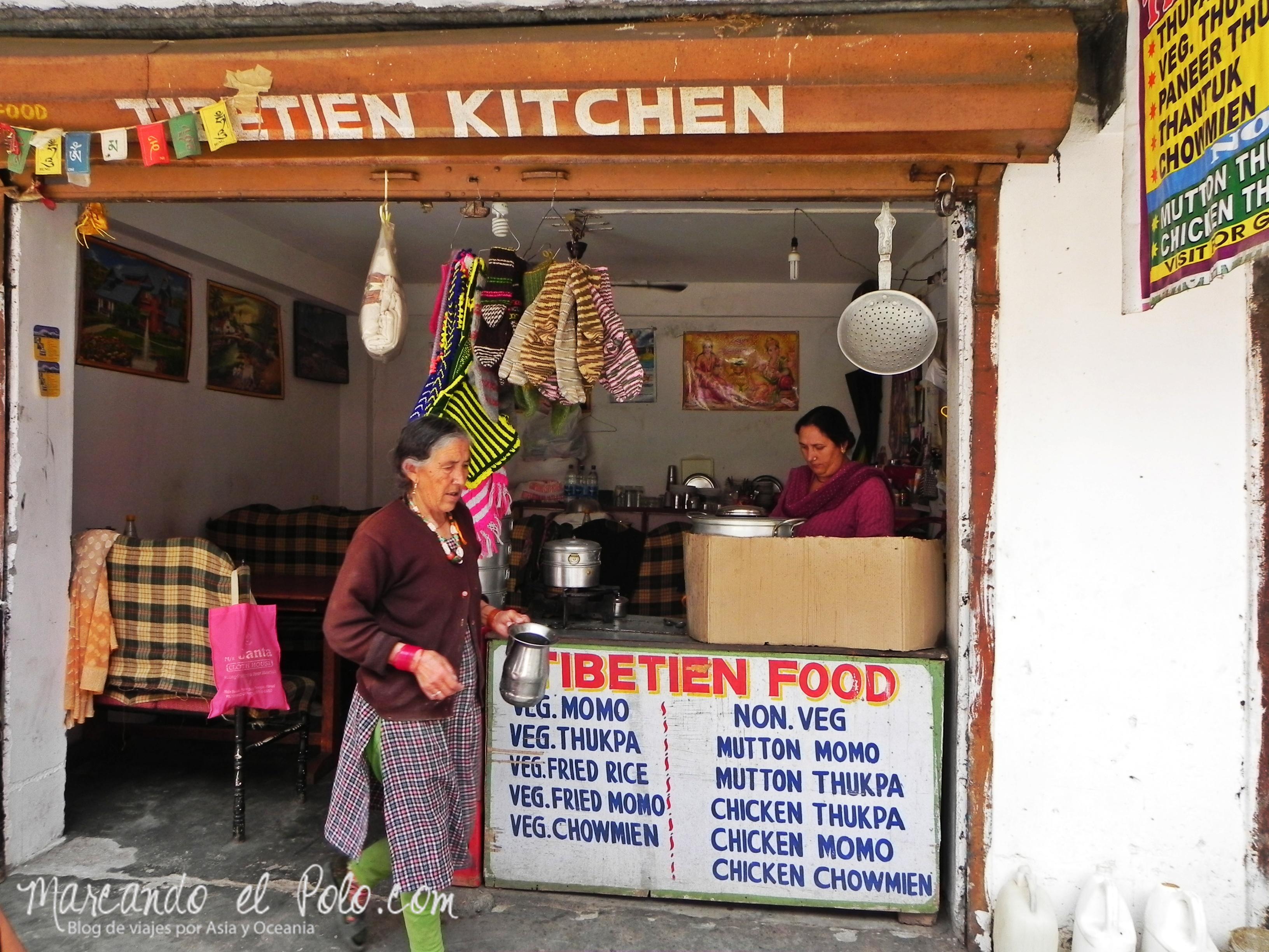 Presupuesto para viajar a India: comida en Manali