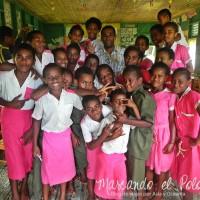 Alumnos de la escuela de Levuka, isla de Ovalau, Fiyi.