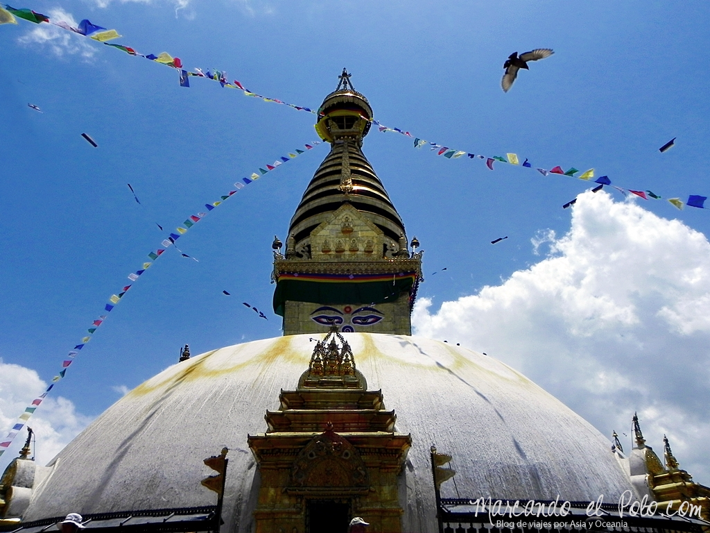 Viajar a Katmandu - Stupa Swayambhunath