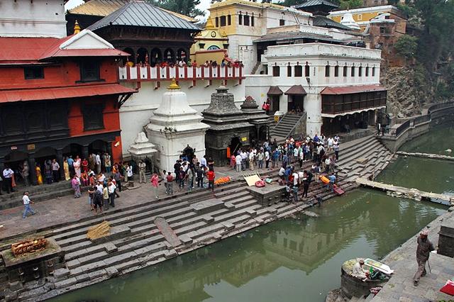 Viajar a Nepal - Pashupatinath