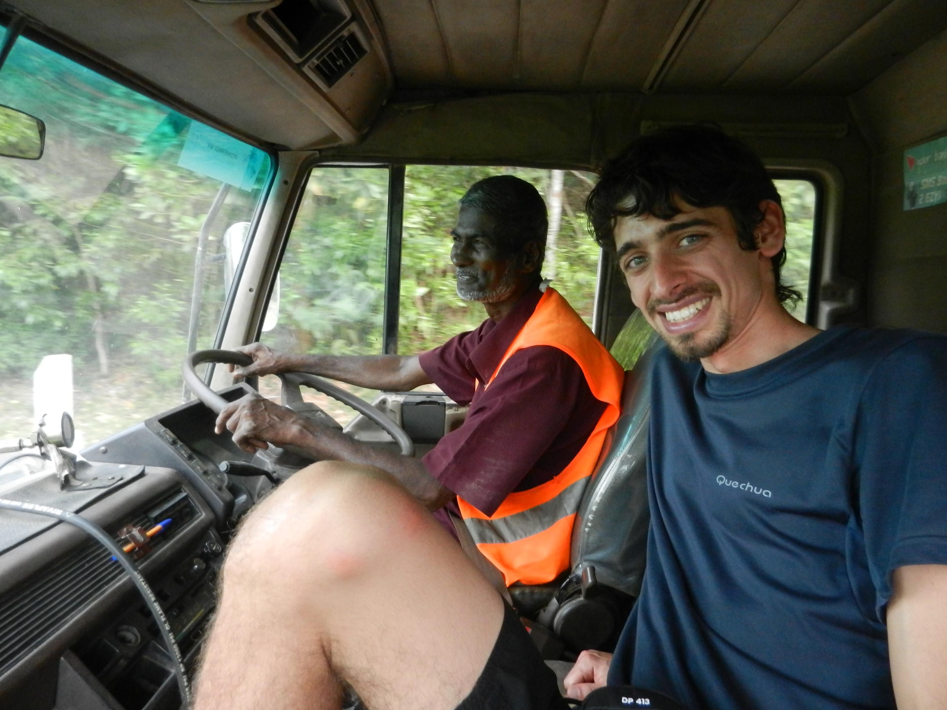 Viajando a dedo por Fiyi