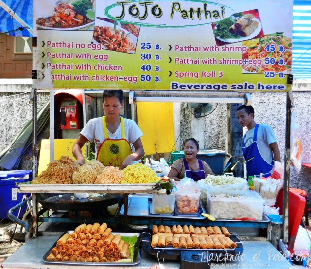 Primer viaje a Bangkok: Puesto de Padthai