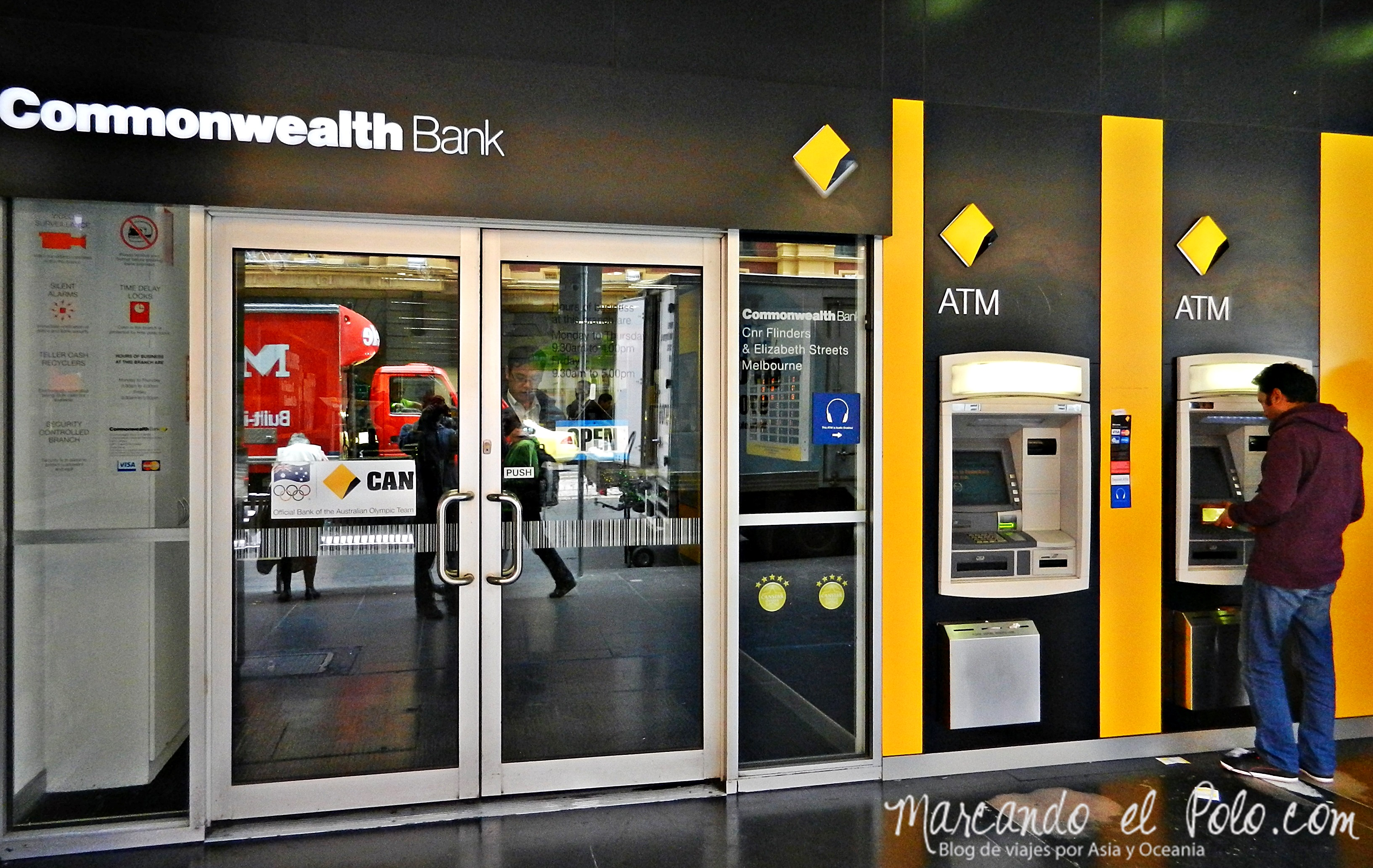 Working Holiday Australia: Commonwealth Bank