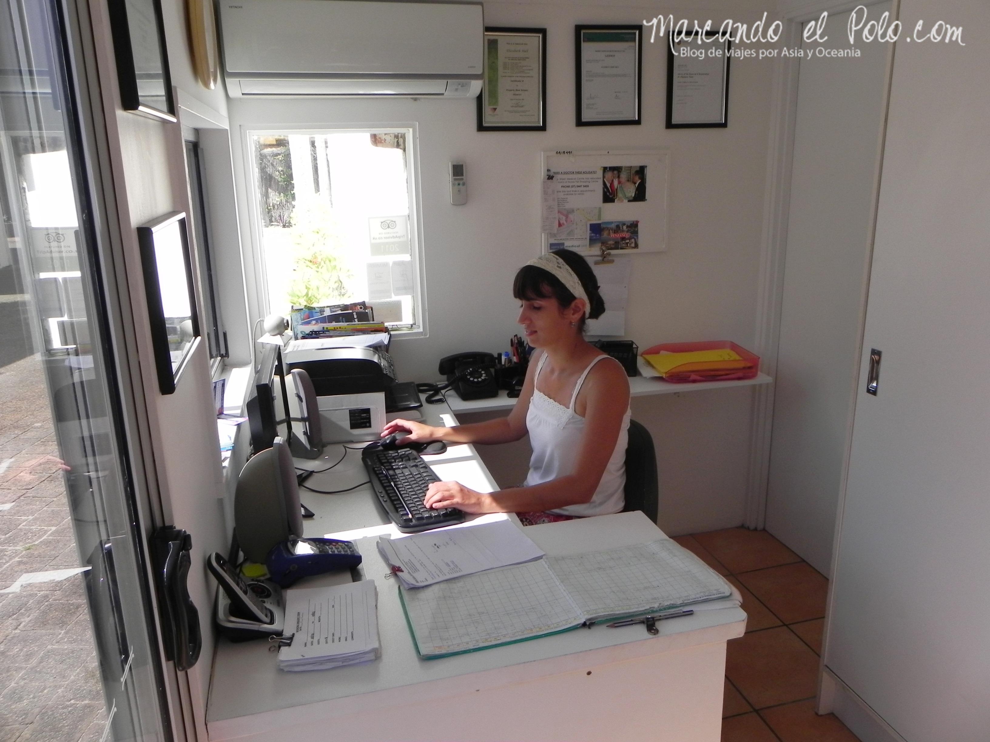 Trabajo en Australia: recepción de un hotel en Noosa, Queensland