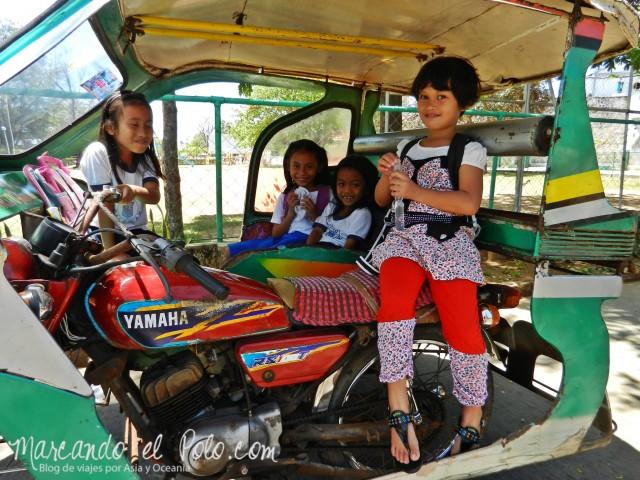 Islas Cuyo, Filipinas: Los motoqueros de la isla