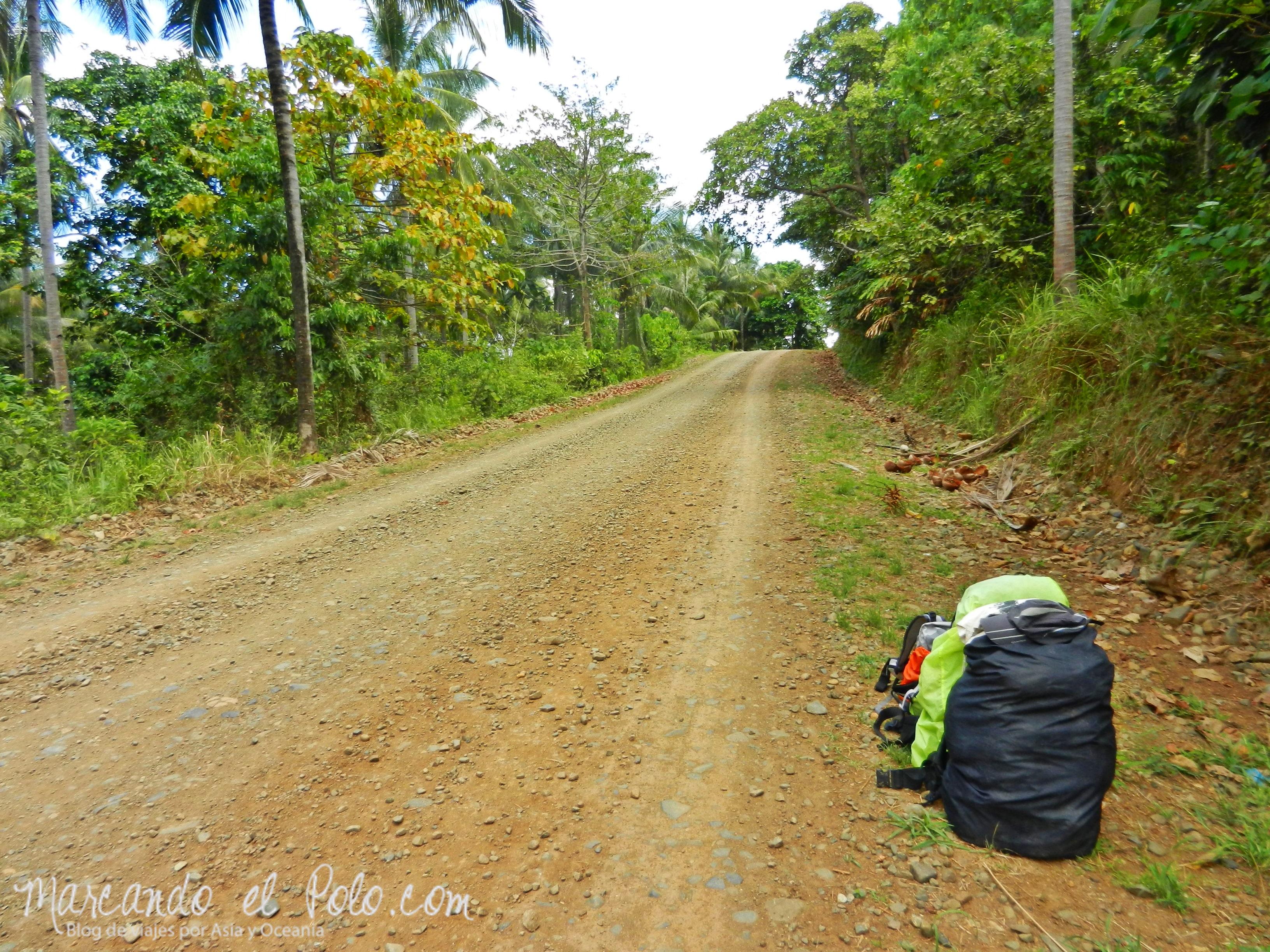 Viajar a dedo en Filipinas: récord de espera