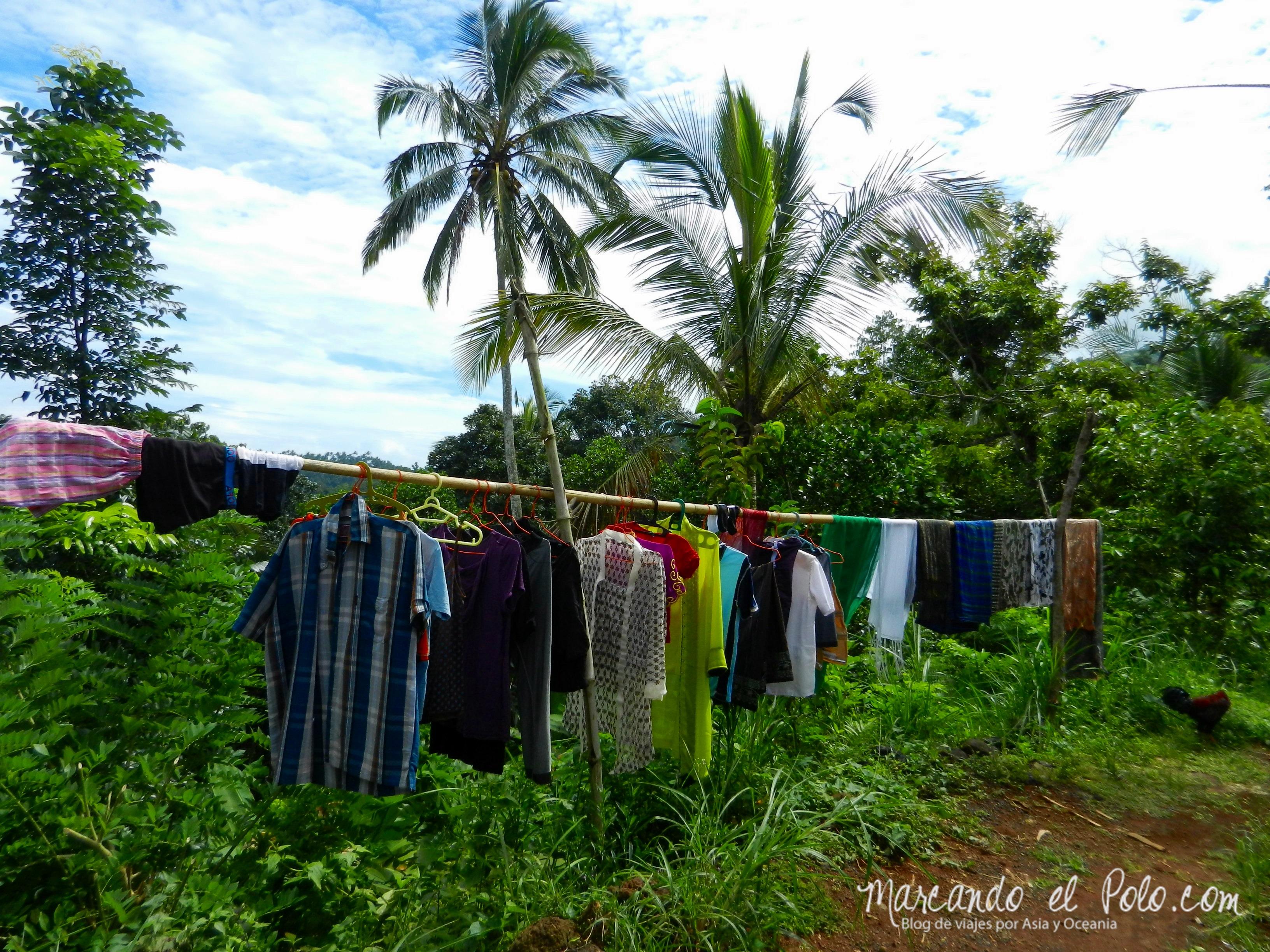 Bali, Indonesia: ropa secándose al sol