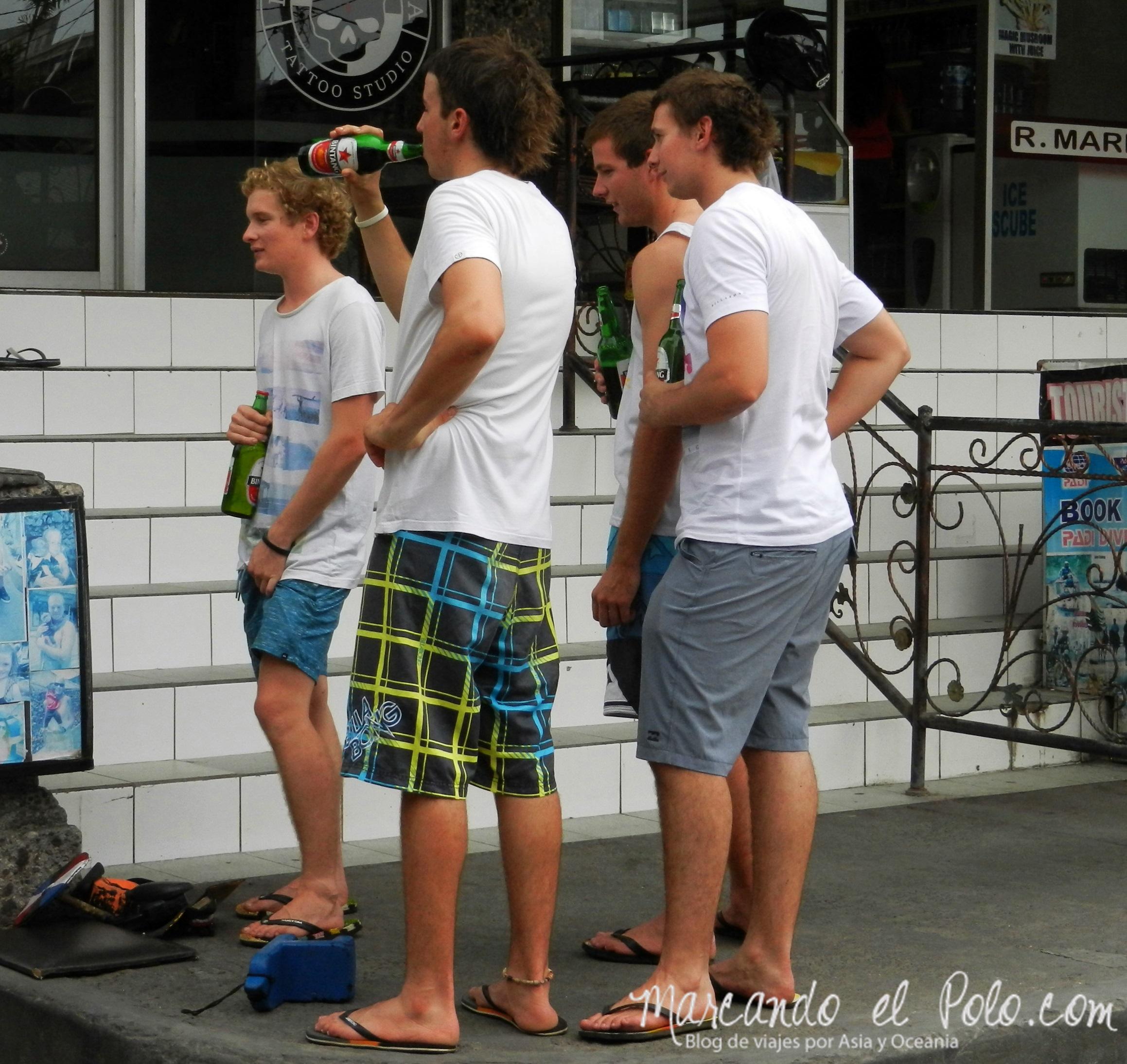 Que ver en Bali - Kuta, australianos