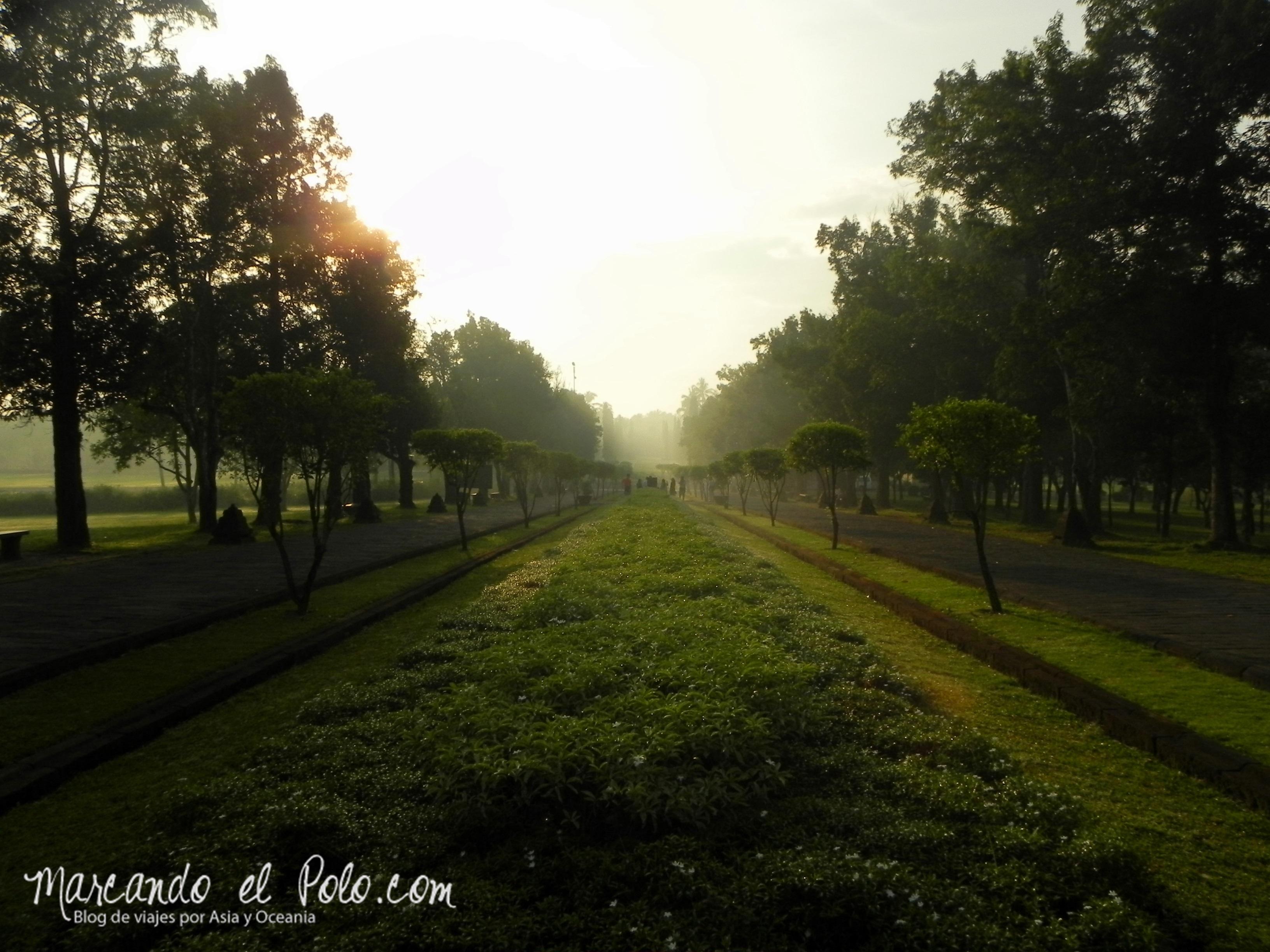 Entrada a Borobudur, Indonesia