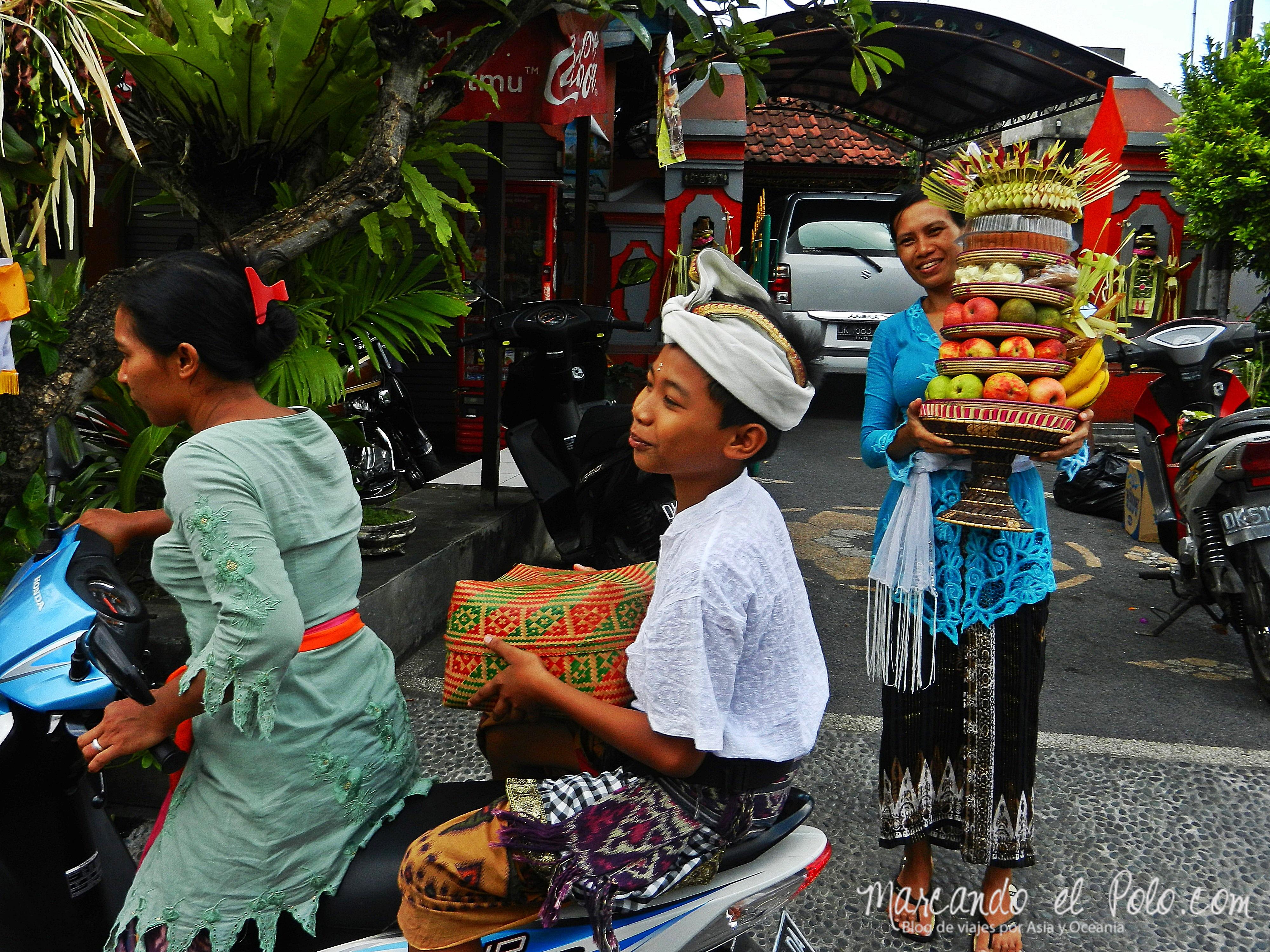 Ofrendas para Galungan, Bali, Indonesia