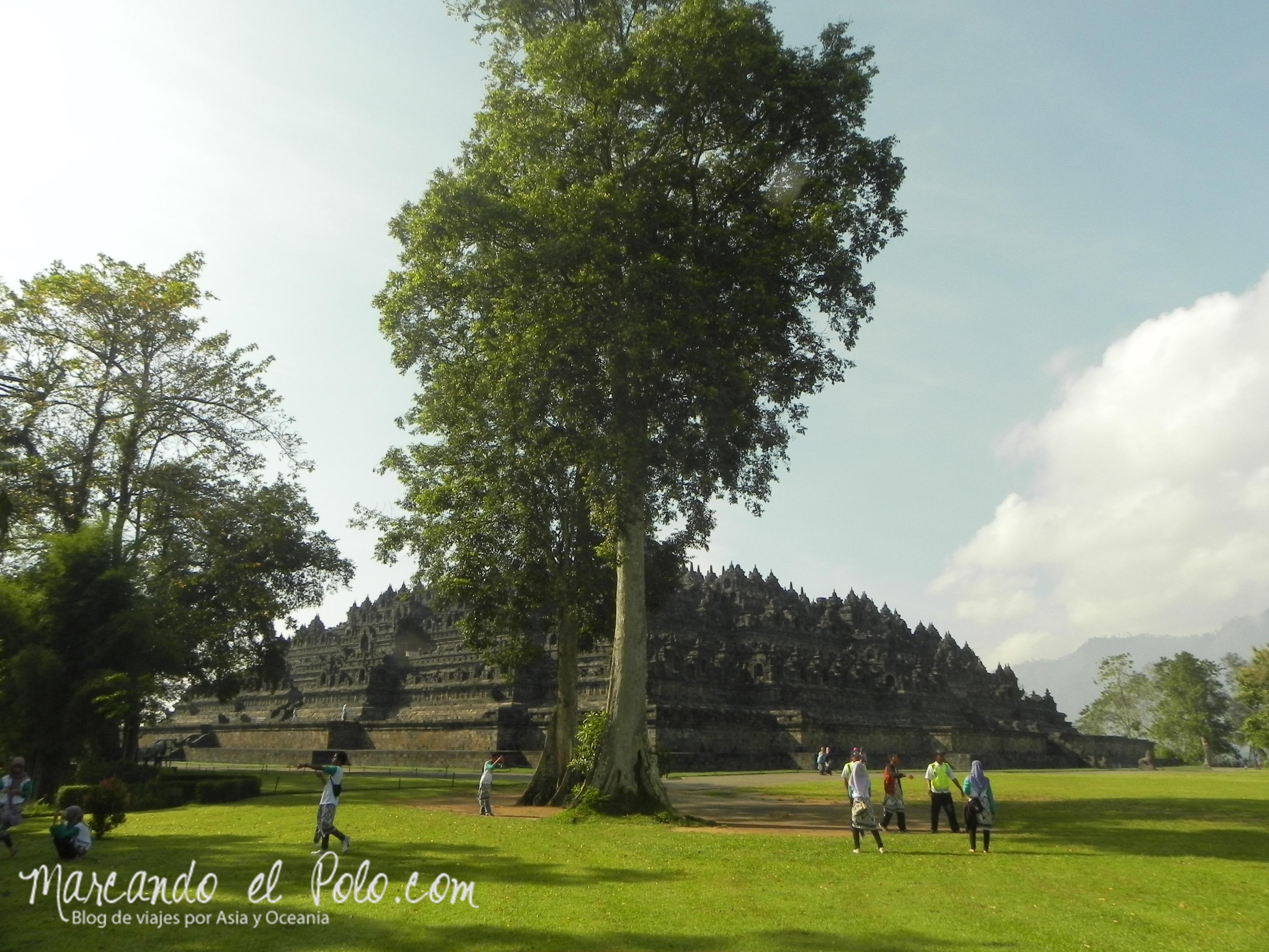 Visa de templo Borobudur, Indonesia