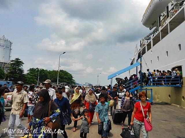 Presupuesto mochilero Indonesia - Ferry Pelni