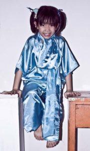 Arte callejero de Penang - Little girl in blue original