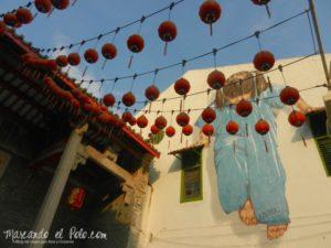 La nena de azul - Arte callejero de Penang