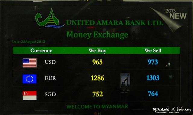 Viajar a Myanmar - cambio en el aeropuerto de Yangon