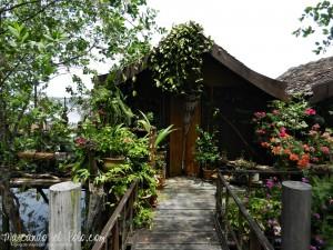 Awis Yellow House, Pulau Duyong, Malasia
