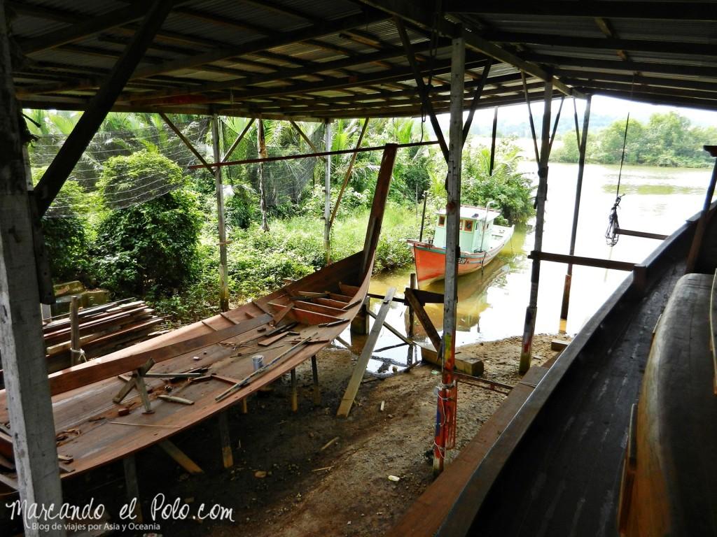 Itinerario viajar a Malasia: Construcción de botes en Duyong, Kuala Terengganu