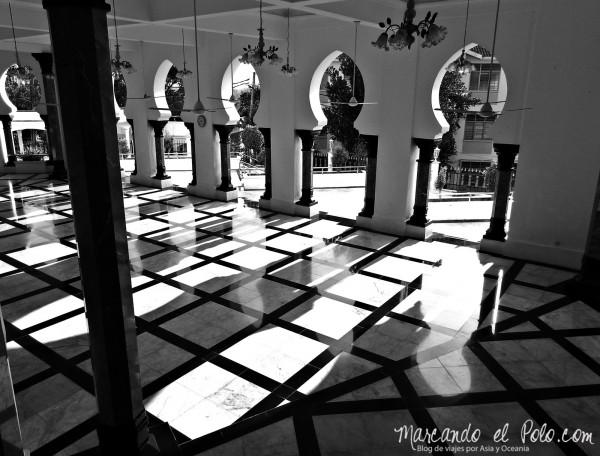 Itinerario viajar a Malasia: Interior de Masjid Ubudiah