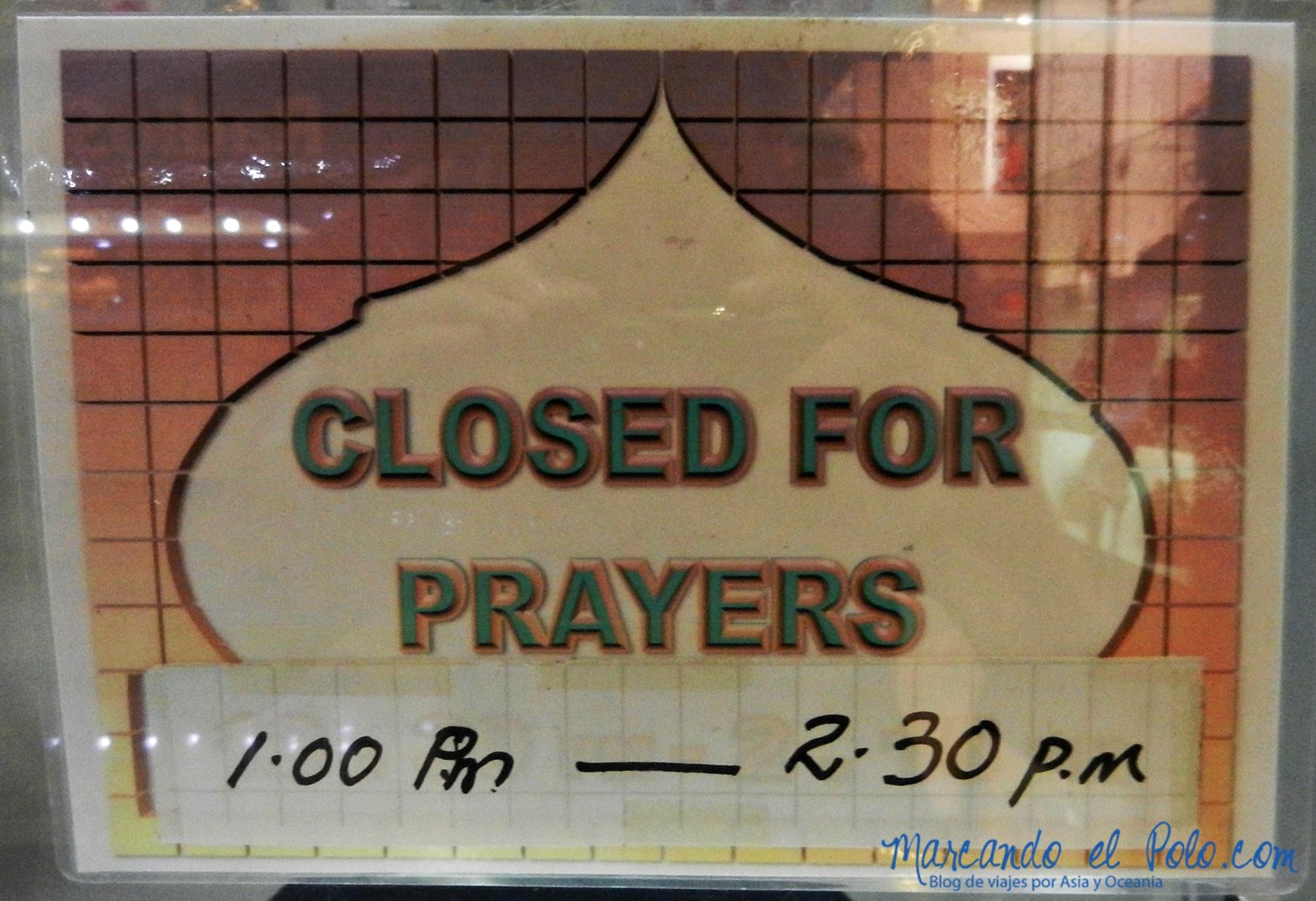 Cerrado por rezos de Ramadán, Malasia