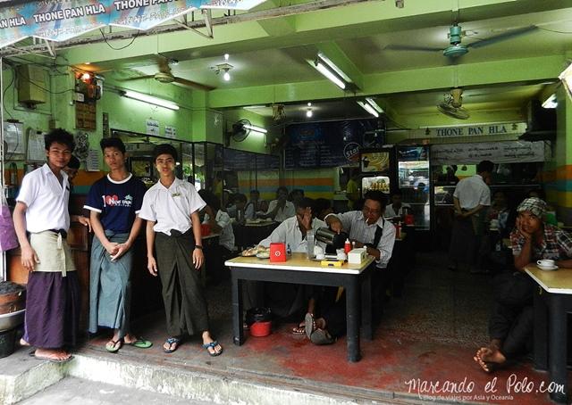 Viajar a Myanmar - casa de te en Yangon