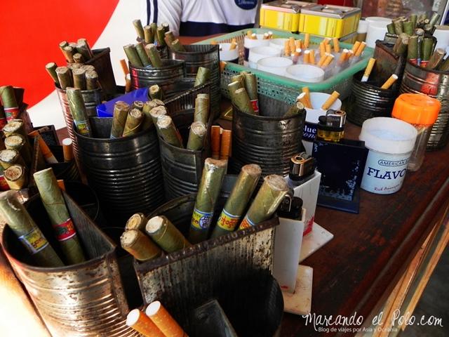 Viajar a Myanmar - cigarrillos en casa de te