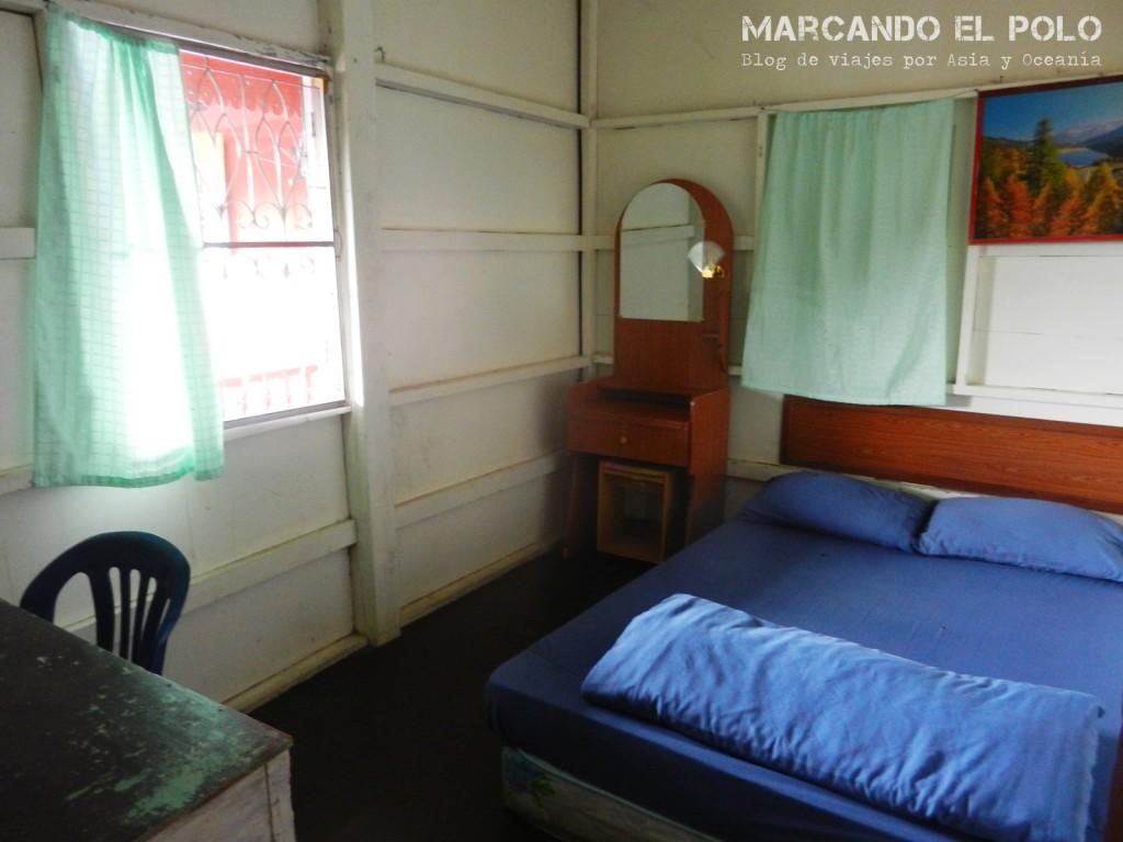 La habitación más barata de todo el viaje por Tailandia: 100 Bath (USD 3,30)