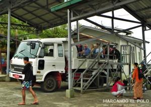 Itinerario para viajar a Myanmar: camión a Golden Rock