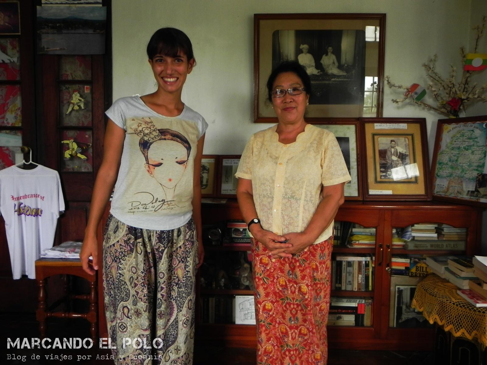 No hay problema que visites la casa de los locales durante el día. Fern abre las puertas de su casa en Hsipaw a todos los viajeros que estén interesados en saber más acerca de su cultura. Su marido fue un preso político hasta hace no mucho...