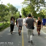 Caminando rumbo al festival.
