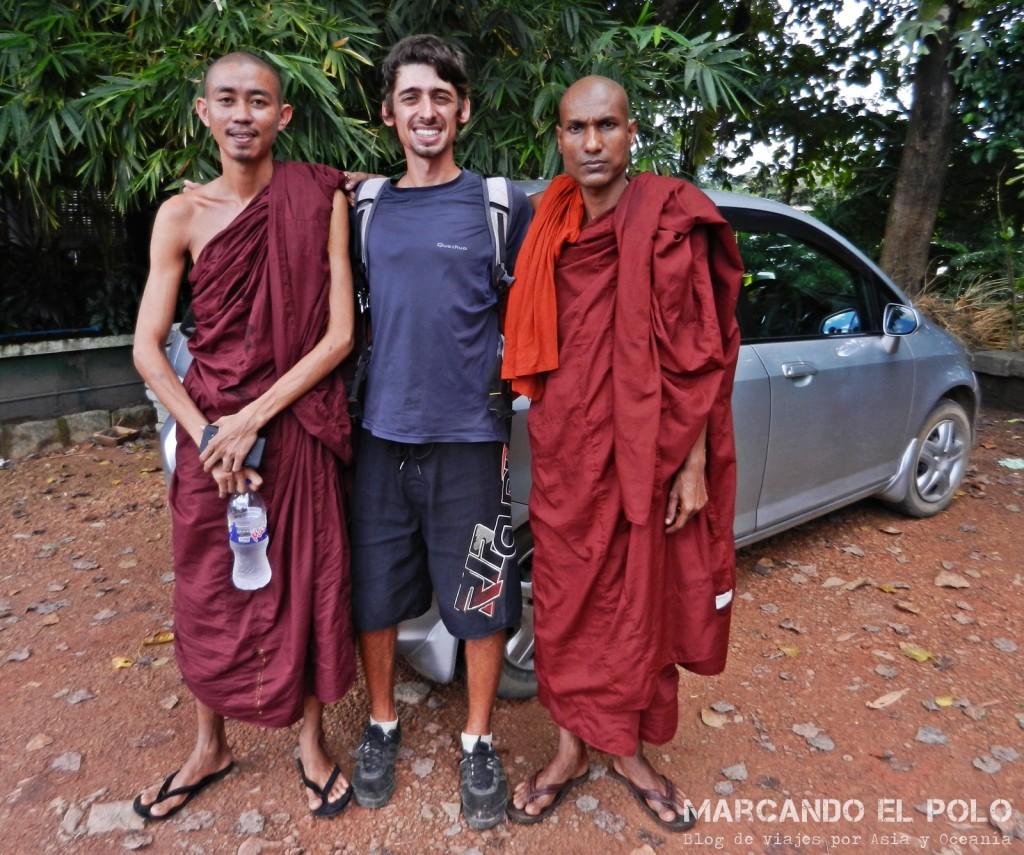 Budismo en Myanmar: autostop