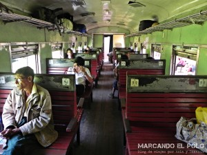 Itinerario para viajar a Myanmar: tren Gokteik ordinary class