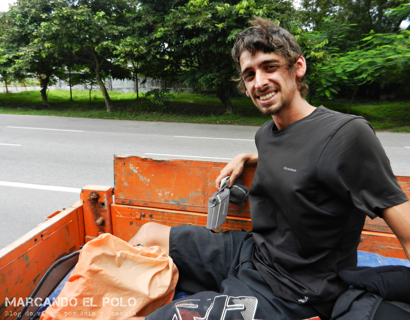 Viajar a dedo, Myanmar
