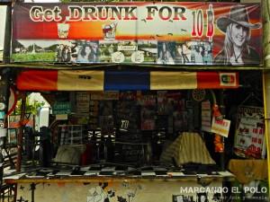 Itinerario para viajar a Tailandia: bar en Kanchanaburi