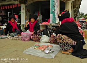 Itinerario viajar a Tailandia: mercado Chiang Khong