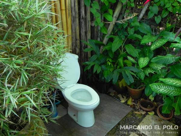 Su baño al aire libre, para lograr una óptima inspiración. ¿Lo habrán usado los espíritus?