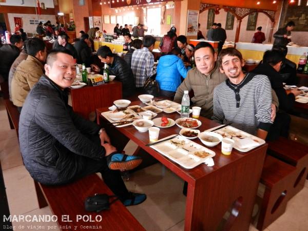 Viajar a dedo China: hospitalidad china