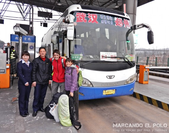 Viajar a dedo China: en bus