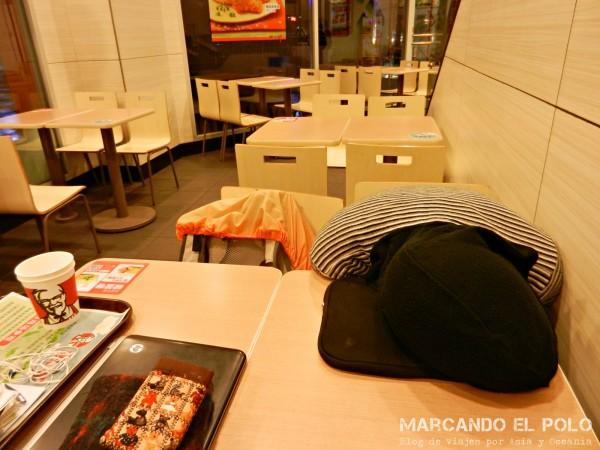 Viajar a dedo China: durmiendo en el KFC