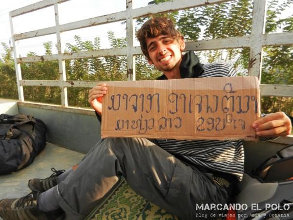 Viajar a dedo por Laos 8