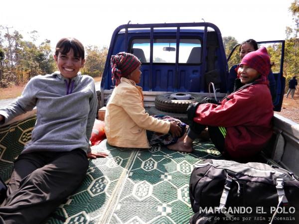 Viajar a dedo por Laos 9