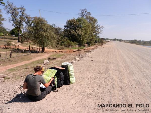 Viajar a dedo Camboya - ruta secundaria de tierra