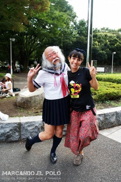 Personajes-de-Tokio-abuelo-colegiala