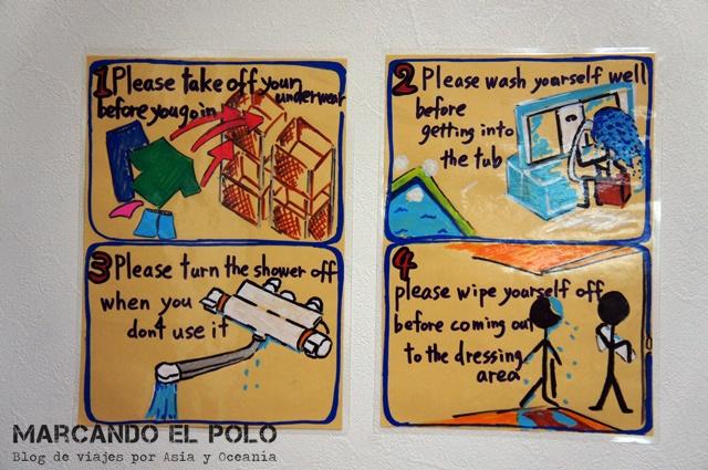 Reglas para entrar al baño termal.