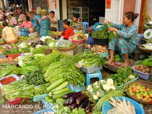 Mercado callejero - Kratie, Camboya