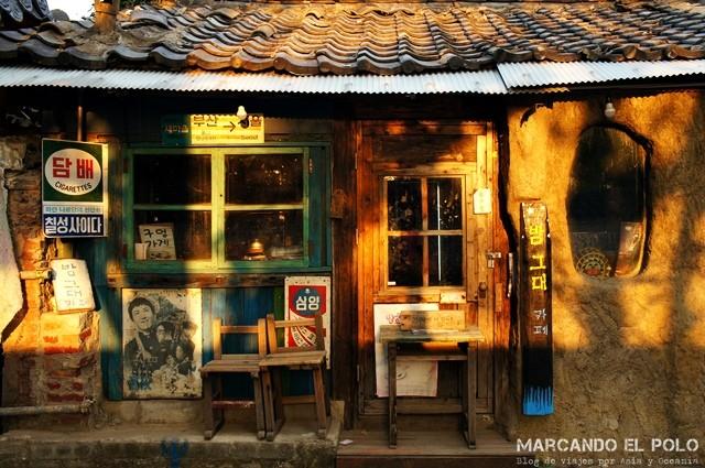 Atardecer en el Hanok Village