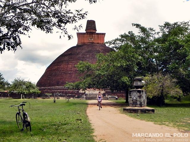 Viajar a Si Lanka - Annuradhapura