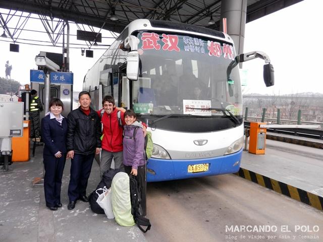 Subiendo al bus