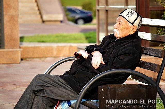 Abuelo Kazajistan